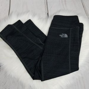 North Face Crop leggings size medium
